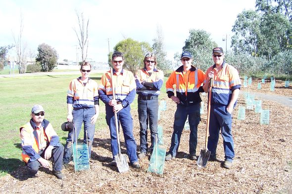 Mansfield Shire Council Workers © Shelley Joyce