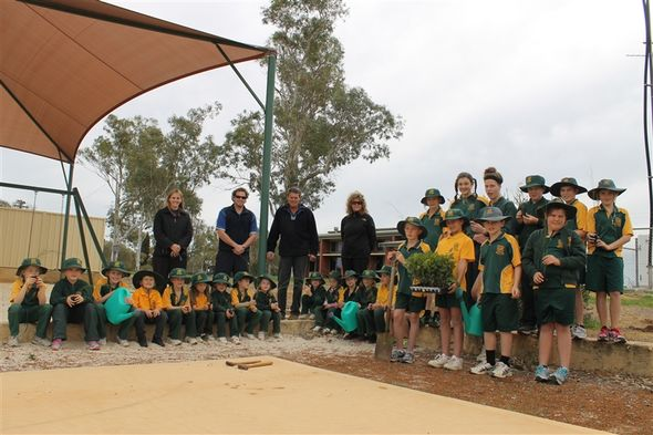 Yuna Primary School planting in the community park and playground © Shire of Chapman Valley