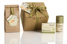 Pure and Green Gift Pack © Lucy Band