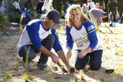 Planting Sydney Park Debbie © DEBBIE AGNEW