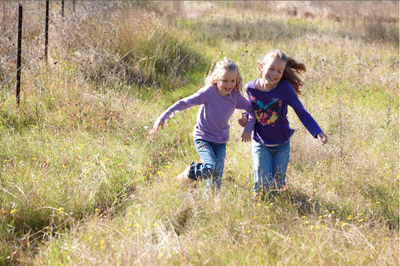 kids in nature- low res © Justine